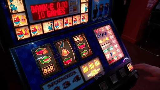 Cara Memaksimalkan Kesuksesan Anda di Casino Mesin Slot Online